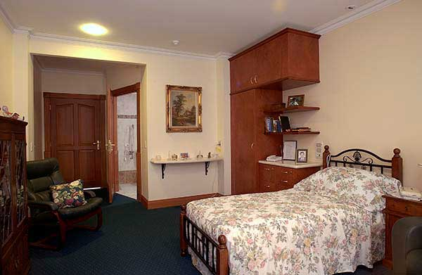 Luxury private room aged care residence in Perth